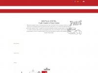 bastillehostel.com