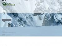 greenmountainaviation.com