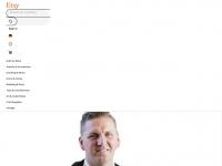 designerscarvesbymarlena.com