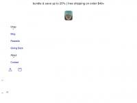 pawsandcodogchews.com
