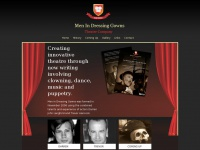 menindressinggowns.com